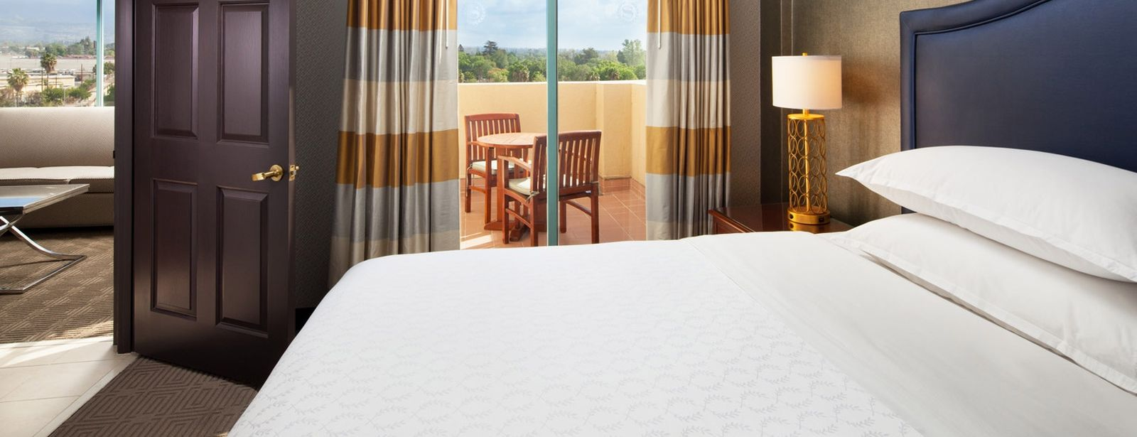 Corner Balcony Suites | Sheraton Fairplex Hotel & Conference Center